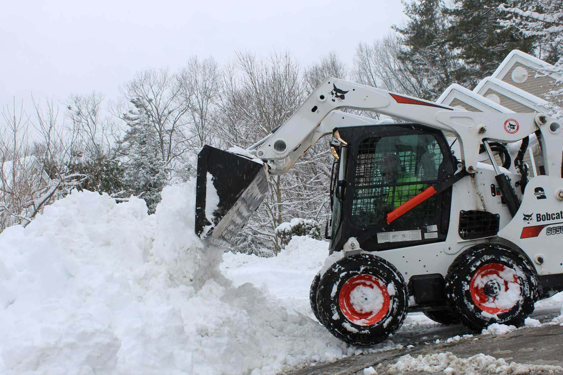 Commercial and Residential Snow Plowing Removal and Blowing Services for Driveway and sidewalks in Flagstaff AZ