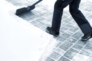 Residential and Commercial Snow Blowing and Snow Removal Services for Driveway and sidewalks in Flagstaff AZ